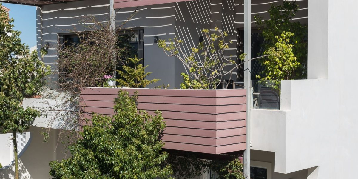 Προσθήκη ορόφων σε υφιστάμενη ισόγεια κατοικία