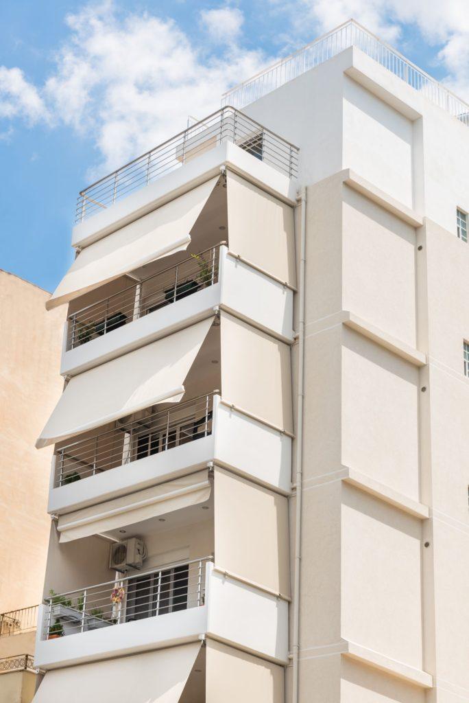 Εξαώροφο κτίριο στην Καισαριανή